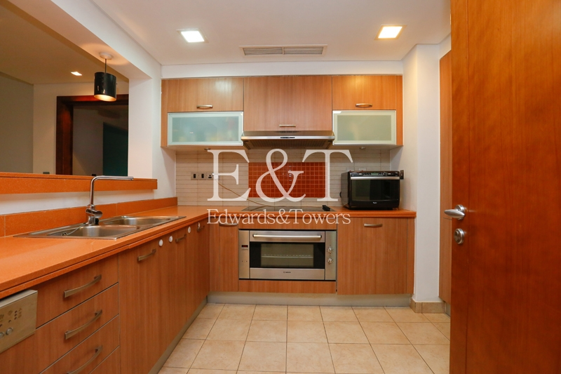 Fantastic 2 BR in Marina Residences - C type - PJ