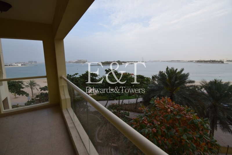 Low Floor| Sea Views | with  Beach Pool Gym  | PJ