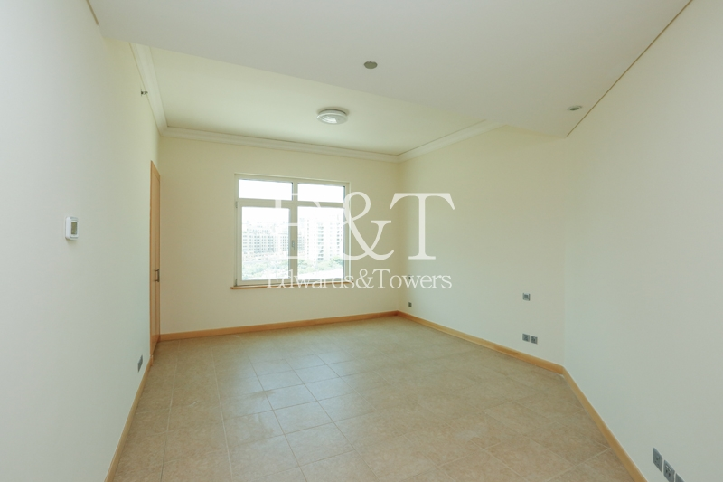 Unfurnished 3 BR in Shoreline, Community view, PJ