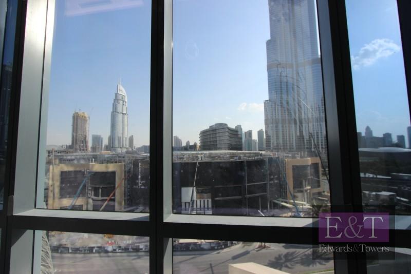 Exclusive Burj Khalifa Facing Office BPT1
