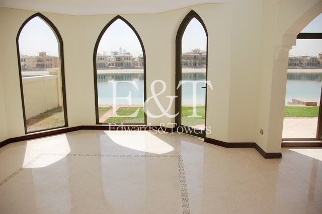 Beautiful 4 BR Atrium Entry Villa | Sea view | PJ
