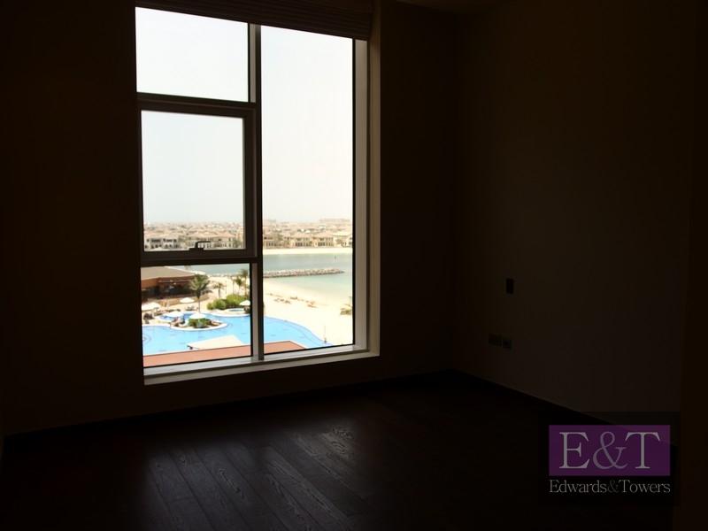 Managed 1 Bed in Tiara | Sea views | U/F | PJ