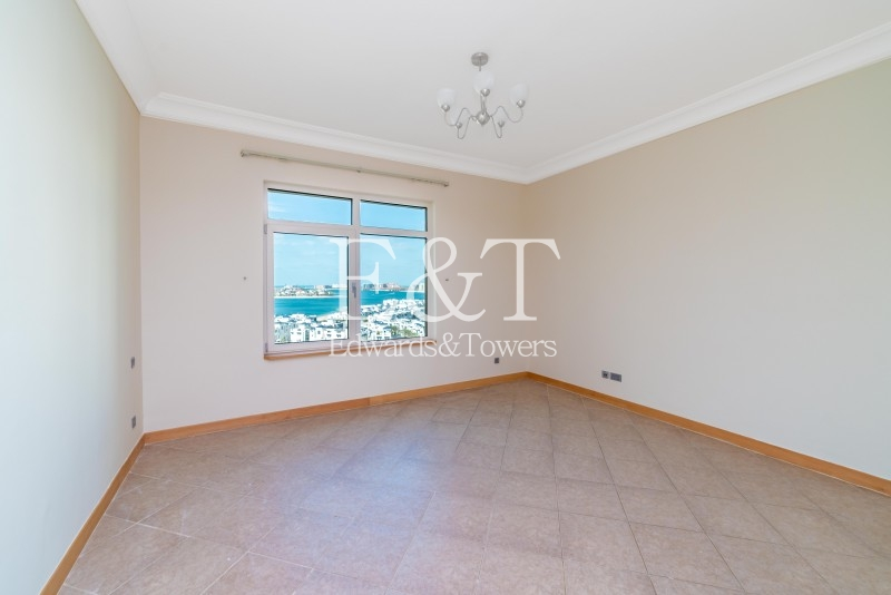 High Floor,  4 Cheques , Partial Sea View , PJ