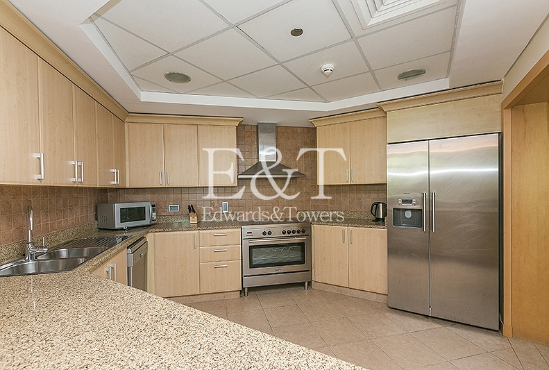 Managed|Top Floor | Furnished | 3 BR Type A | PJ