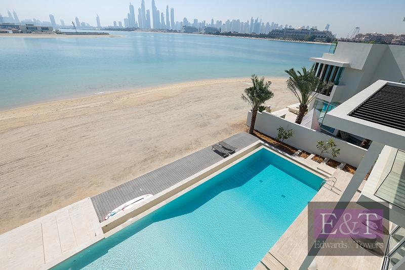 Stunning New Modern Villa | Tip of Frond | PJ