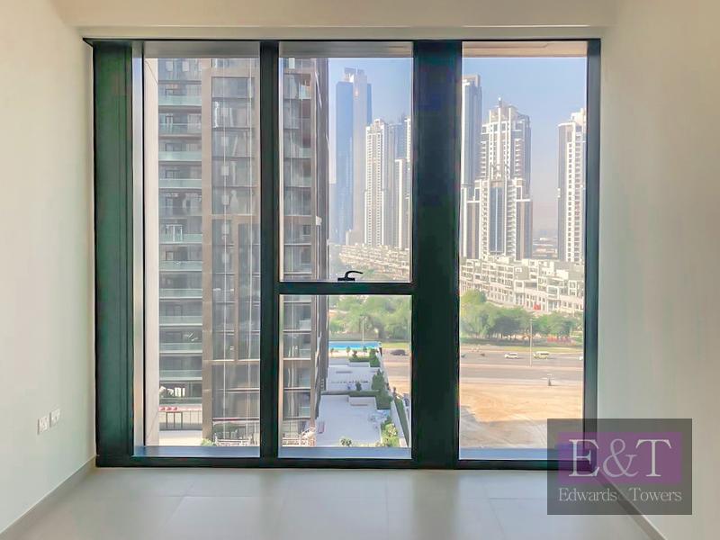 Exclusive | Corner Unit | Boulevard/Bus Bay view