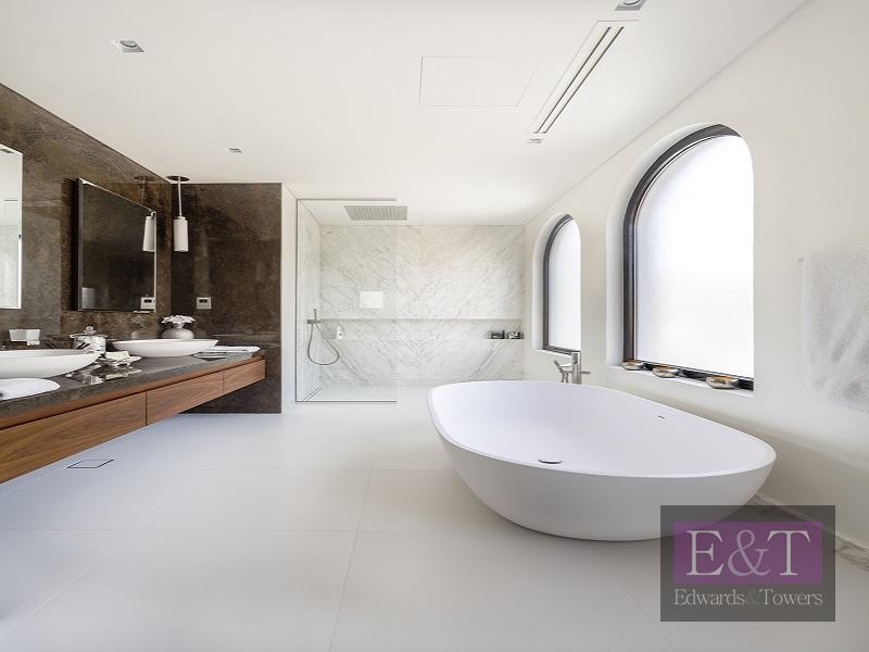 A masterpiece in minimalist design | PJ