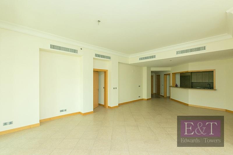 Mid Floor,Type C, Great Location.PJ   Next to Mall