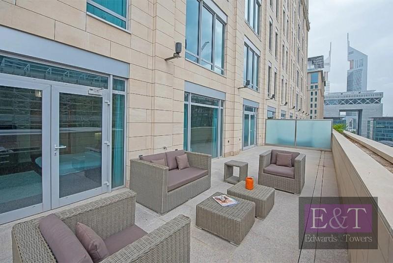 Terraced Apt | Rare Layout | Gate Avenue views