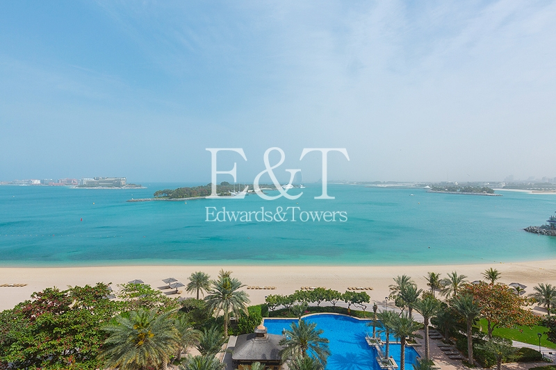 Fully Renovated/Furnished 3 Bed   Sea View   PJ