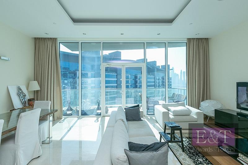 High floor   Sea Skyline Views   1 Bed   PJ