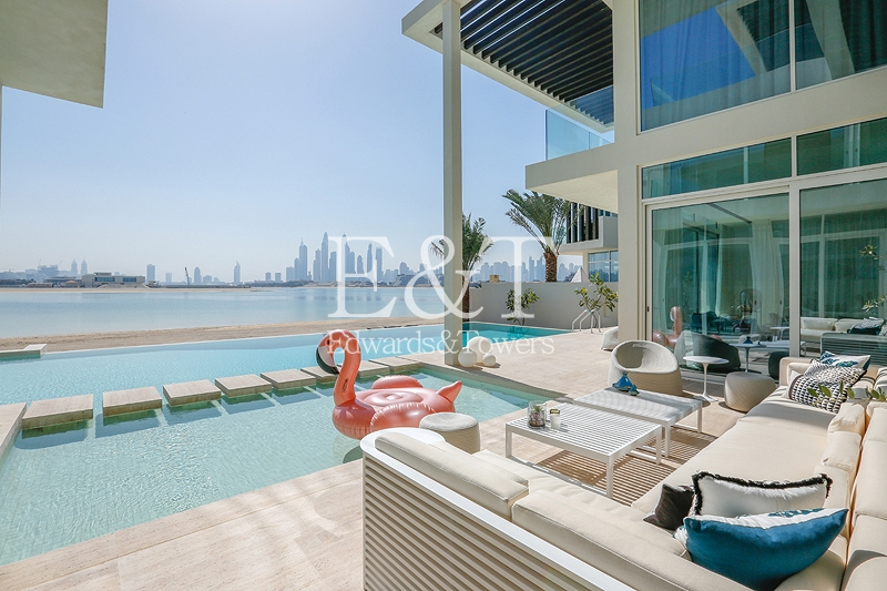 No-expense-spared approach to luxury |Tip of Frond