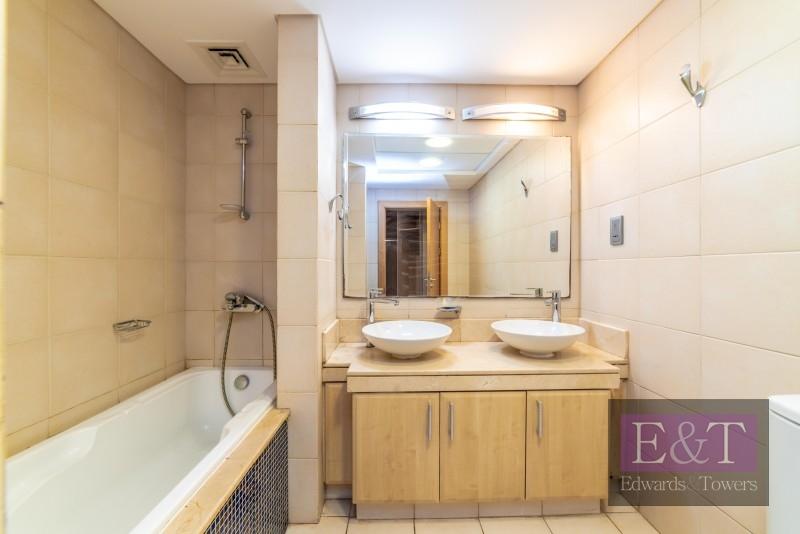 High floor| D-type, 2 bed + maids | Park view