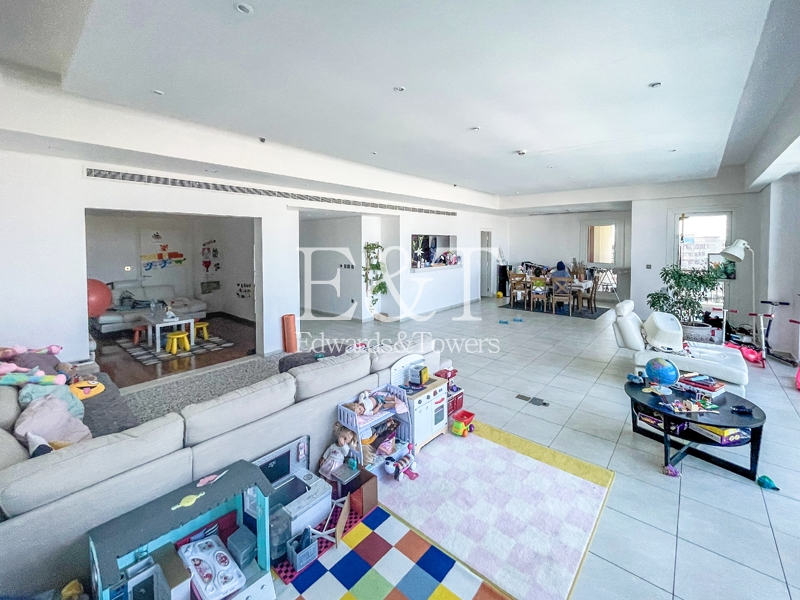 Available Now | Large Type A | 3 Bedrooms