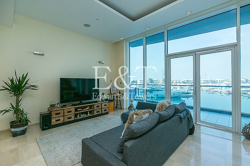 Huge One Bed | Unique | Full Sea View