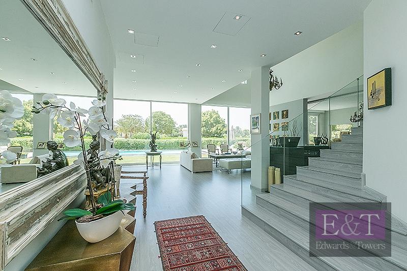 Elegant E. Foyer   Fully Upgraded   Extended