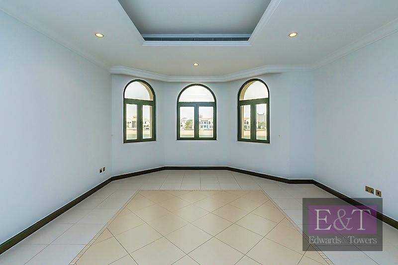 Exclusive  Atrium Entry  Atlantis Facing
