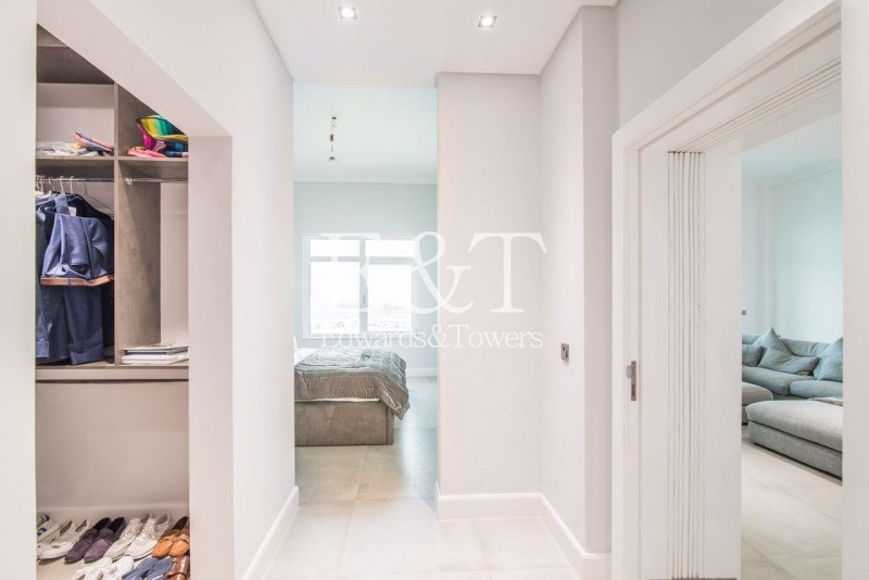 Penthouse Level | Fully Upgraded | Next to Mall