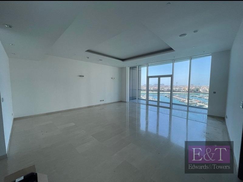 Exemplary Condition   High Floor   3 Bedroom Apt