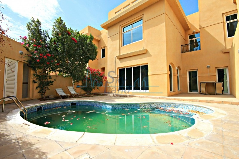 HIGH END 5 BED WITH PRIVATE POOL IN UMM SUQEIM 3