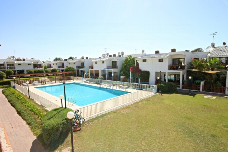 BEAUTIFUL 3BR SHARED POOL GARDEN IN JUMEIRAH 2