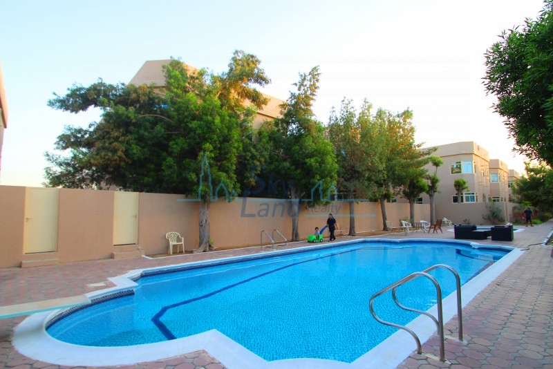 SPACIOUS 4 BED WITH GARDEN,SHARED POOL, GYM JUMEIRAH
