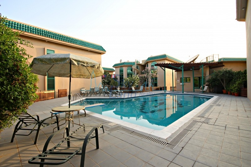VERY SPACIOUS 3BR+M VILLA WITH SHARED POOL IN UMM SUQEIM 1