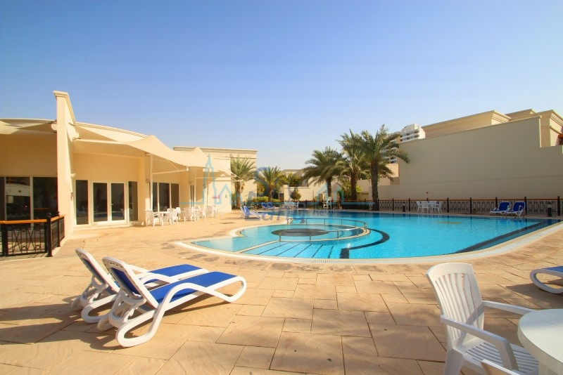 BEAUTIFUL 4 BED  WITH SHARED POOL AND GYM AL BARSHA