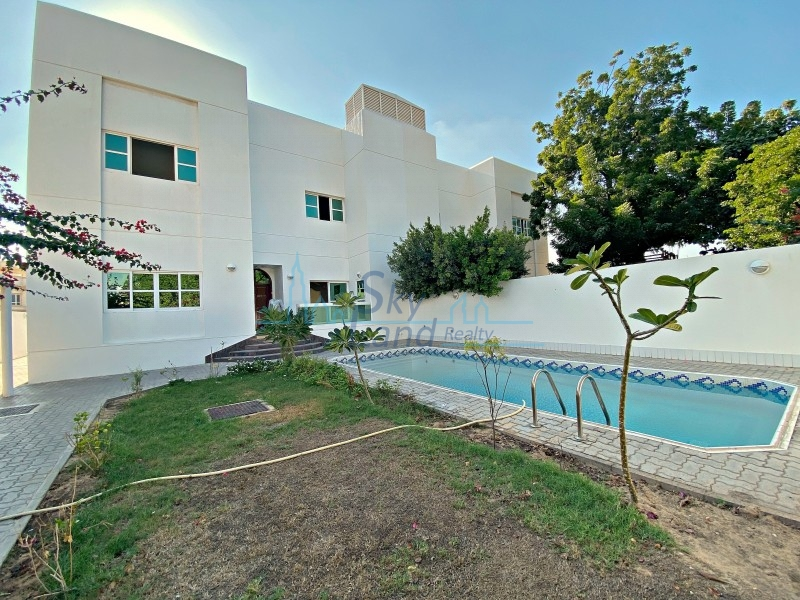 BEAUTIFUL 4 BED+M WITH GARDEN AND PRIVATE POOL UMM SUQEIM 1