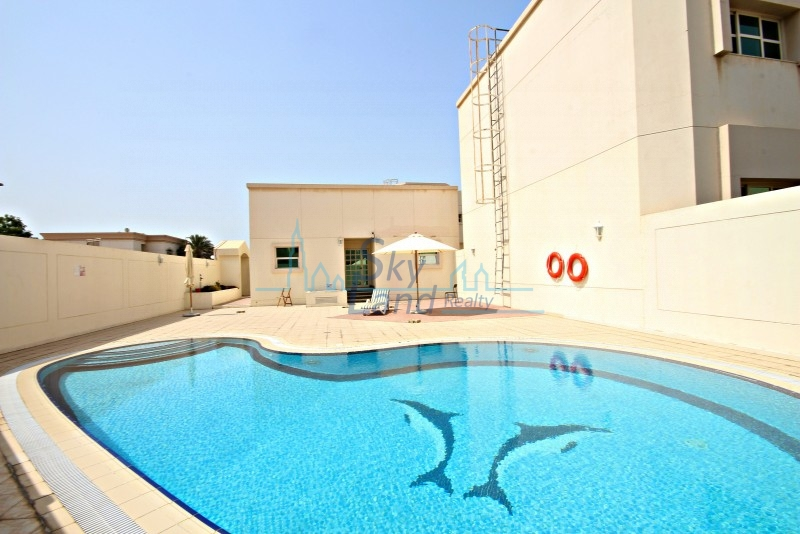 1 MONTH FREE|WELL MAINTAINED 3 BED VILLA WITH GARDEN, SHARED POOL
