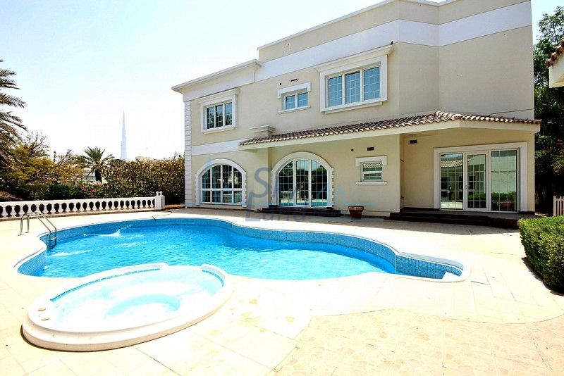 AMAZING 5 BED+M VILLA WITH BIG GARDEN AND POOL IN JUMEIRAH 1