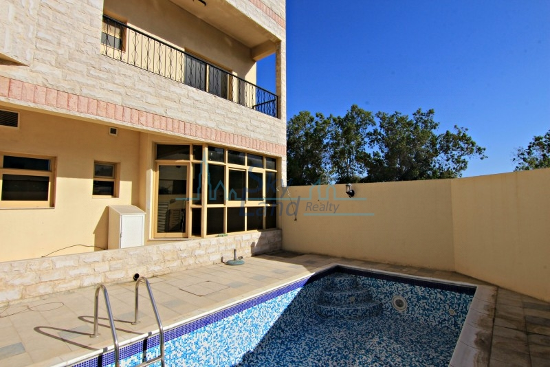 Well Maintained 3 Bed Villa With A Private Pool