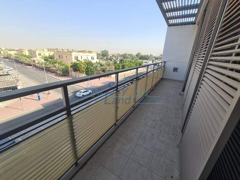 Well Maintain Large Size 2 Bedroom Near Canal