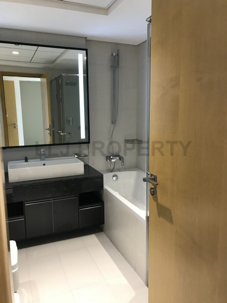 *No Agency Fees* New 2 Bed+ Maid in Prime Location