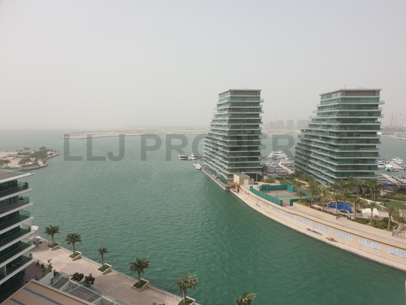 Stunning 2 Bedroom Apartment with Full Sea View !