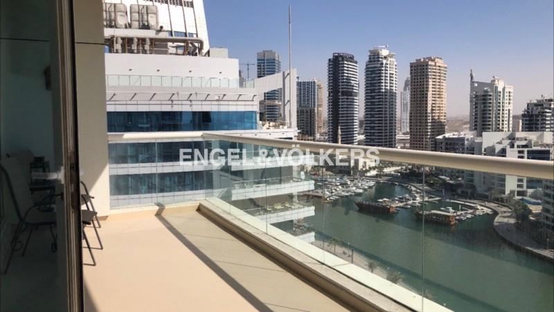 6 cheques  panoramic marina view  huge terrace