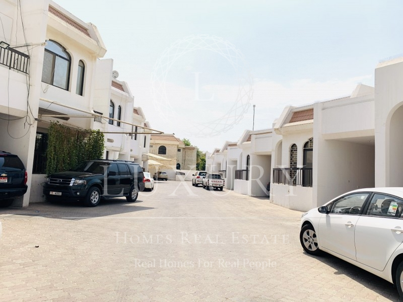 ground-floor-with-private-back-yard-in-the-compound