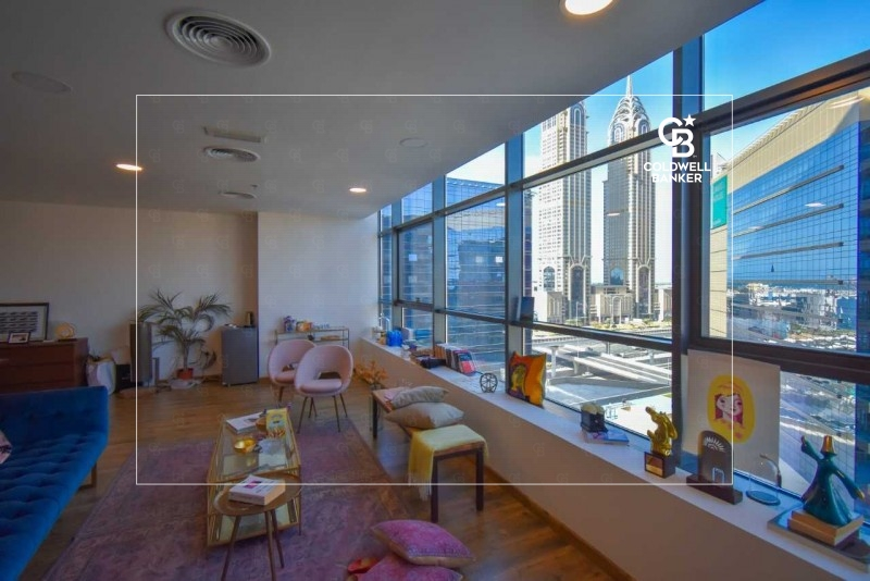 Cosy office space in Onyx Tower 2 , Greens