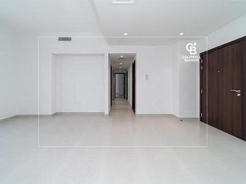 For sale in MID TOWN Dubai Production City Dania 2