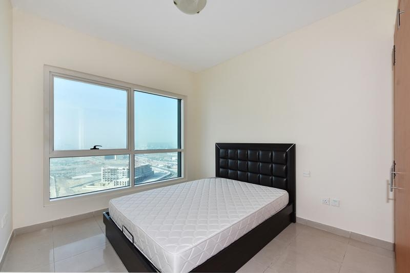 1 Bedroom Apartment For Rent in  Lakepoint,  Jumeirah Lake Towers   3