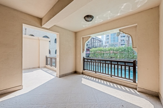 Attareen Residences, Old Town