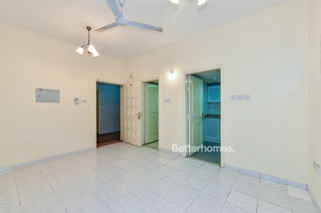 Studio Apartment For Rent in  Al Dhagaya 2,  Deira | 3