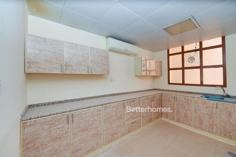 4 Bedroom Villa For Rent in  Zone 25,  Mohammed Bin Zayed City | 5