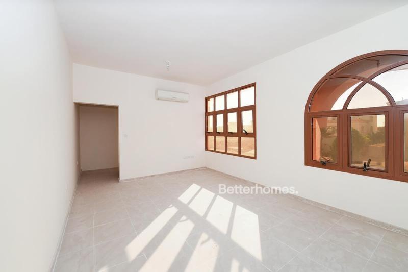 4 Bedroom Villa For Rent in  Zone 25,  Mohammed Bin Zayed City | 9