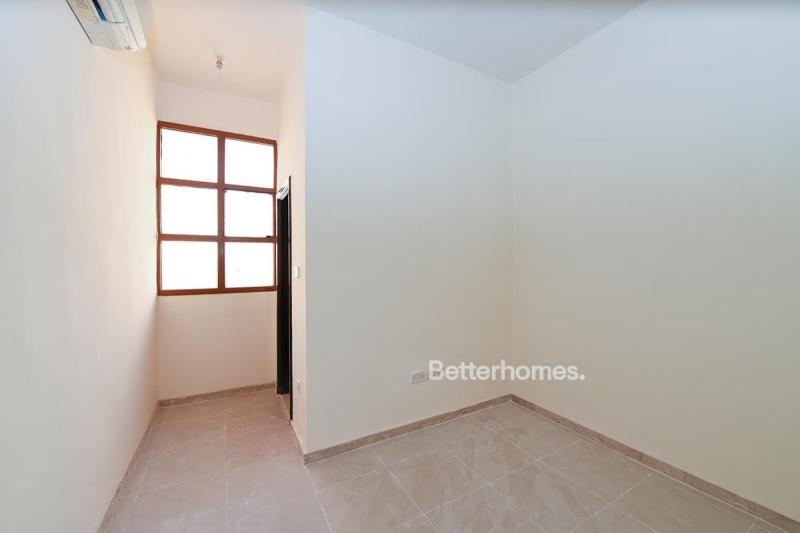 4 Bedroom Villa For Rent in  Zone 25,  Mohammed Bin Zayed City | 11