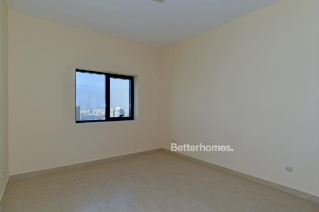 3 Bedroom Apartment For Rent in  Al Ghazal Tower,  Al Khan   2