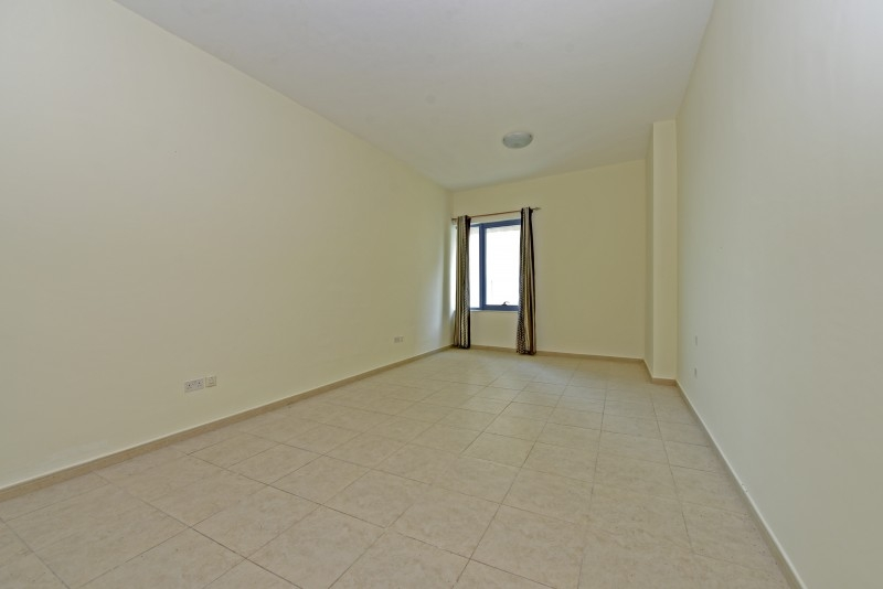 Studio Apartment For Rent in  Palace Tower 2,  Dubai Silicon Oasis   4