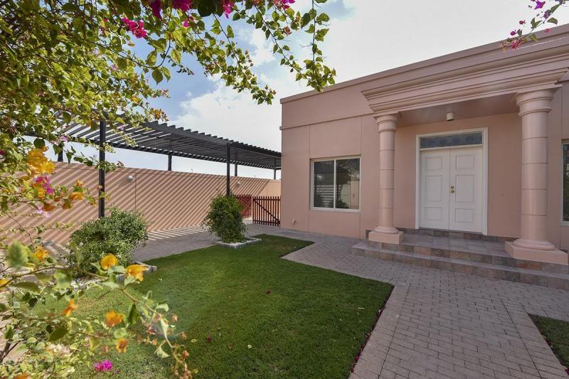 3 Bedroom Villa For Rent in  Umm Suqeim 3,  Umm Suqeim   13