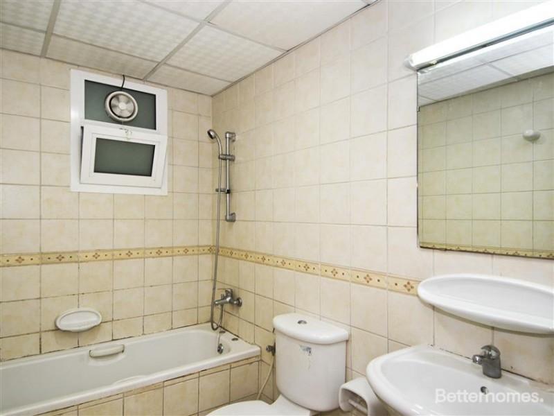 2 Bedroom Apartment For Rent in  Fajar Building,  Deira   5