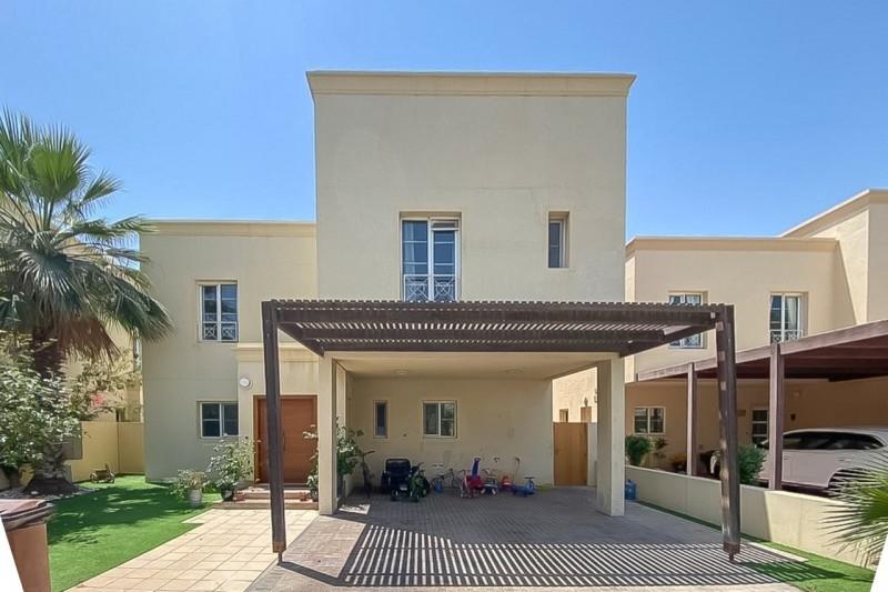 4 Bedroom Villa For Rent in  Deema 1,  The Lakes   0